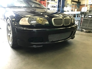 BMW ZHP Bumper Installation  E46 BMW ZHP Bumper Installation  on a normal E46