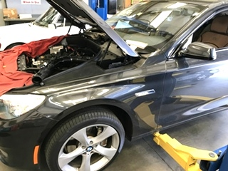 BMW Repair BMW Battery Replacement