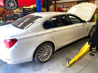 BMW 750Li Service  BMW 750Li Service . BMW 750Li maintenance and repair.