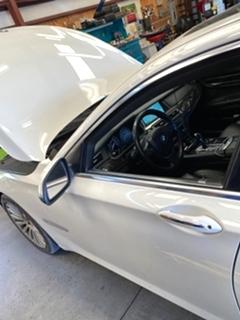 BMW 750Li Service