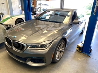 BMW 750i Repair  BMW 750i Repair, BMW 750i tune up and maintenance.